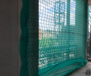 VERTICAL SAFETY NETTING